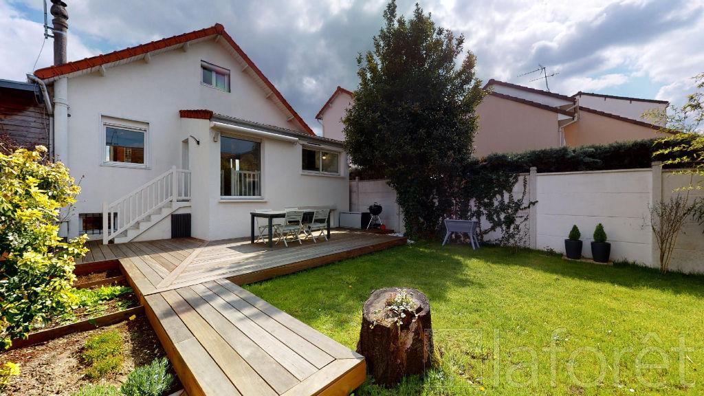 Maison a vendre nanterre - 4 pièce(s) - 104.72 m2 - Surfyn