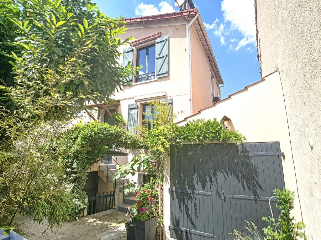 Maison a vendre nanterre - 5 pièce(s) - 93.57 m2 - Surfyn