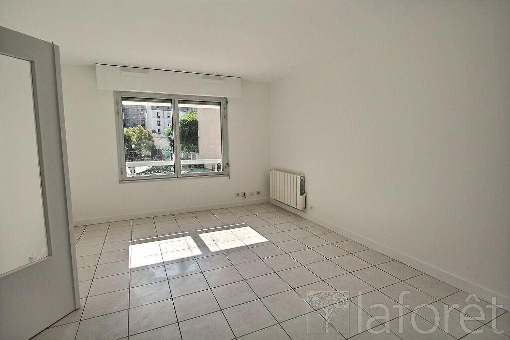 Appartement a louer puteaux - 2 pièce(s) - 45.14 m2 - Surfyn