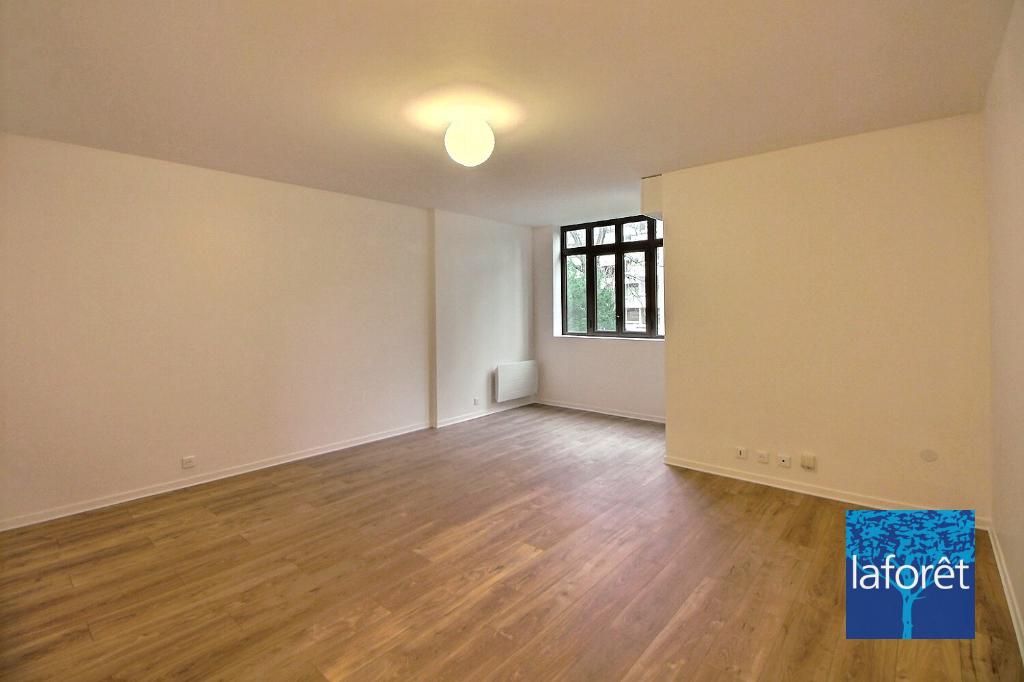 Appartement a louer boulogne-billancourt - 2 pièce(s) - 57.96 m2 - Surfyn